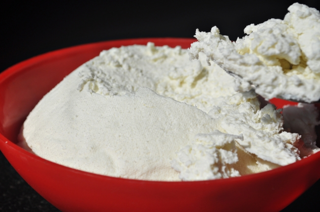Ricotta cheese 2